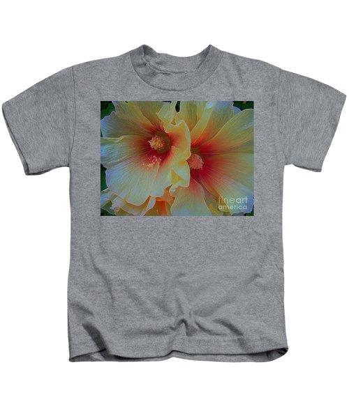 Brief Encounter... Kids T-Shirt