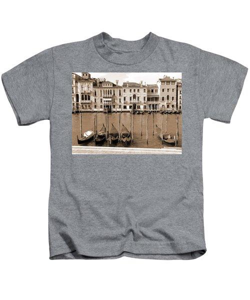 Gondolas Outside Salute Kids T-Shirt