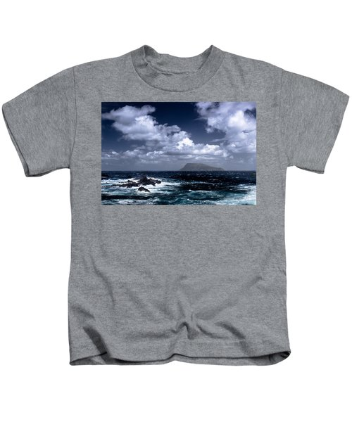 Land In Sight Kids T-Shirt