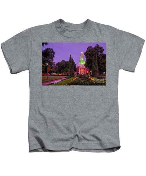Morning Twilight Shot Of Pat Neff Hall From Founders Mall At Baylor University - Waco Central Texas Kids T-Shirt