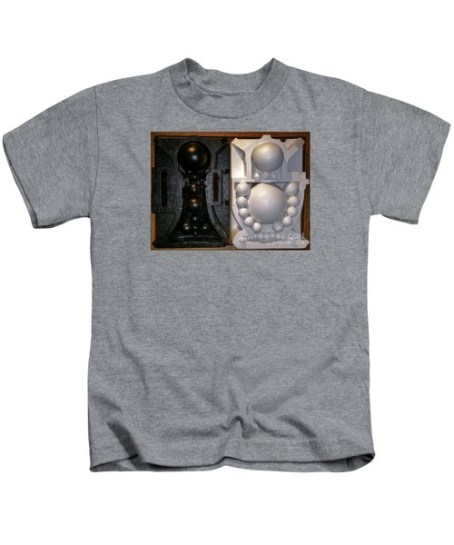Willendorf Wedding Kids T-Shirt
