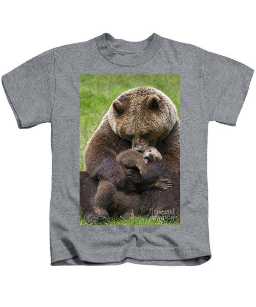 Mother Bear Cuddling Cub Kids T-Shirt