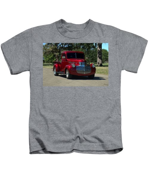 1946 Chevrolet Pickup Truck Kids T-Shirt