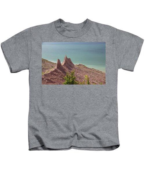 Chimney Bluffs Kids T-Shirt