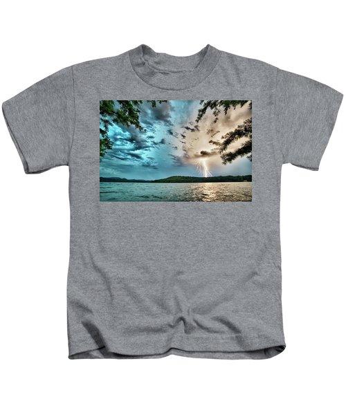 Beautiful Landscape Scenes At Lake Jocassee South Carolina Kids T-Shirt