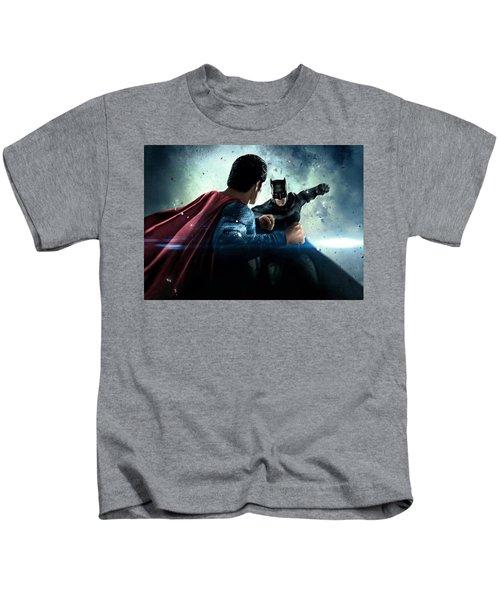 Batman V Superman Dawn Of Justice 2016  Kids T-Shirt