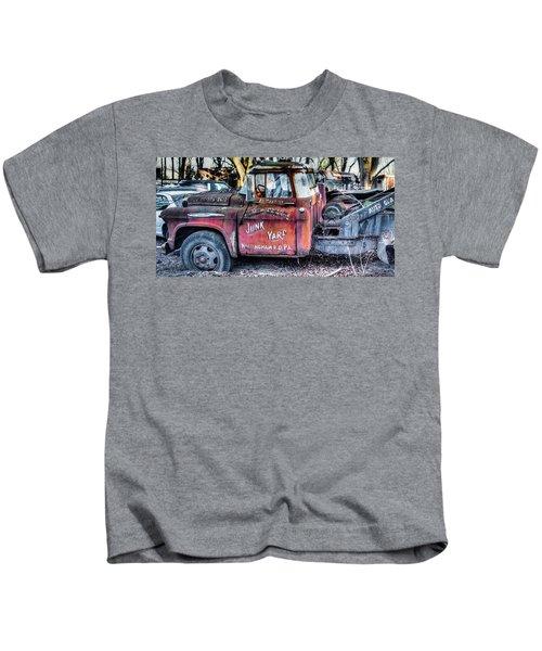A Beautiful Rusty Old Tow Truck Kids T-Shirt
