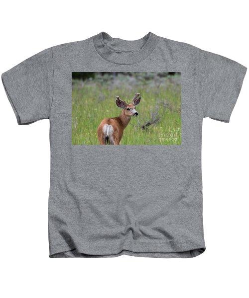 A Deer In Yellowstone National Park  Kids T-Shirt