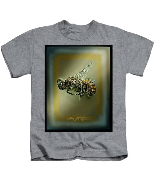 A Humble Bee Remembered Kids T-Shirt