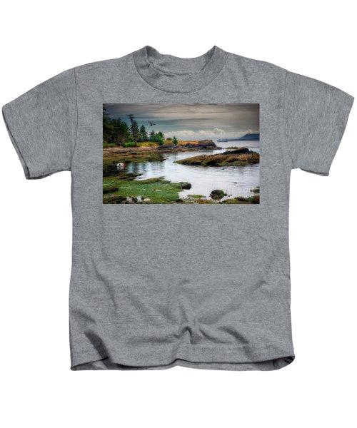 A Peaceful Bay Kids T-Shirt