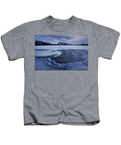 Abraham Lake Sans Bubbles Kids T-Shirt