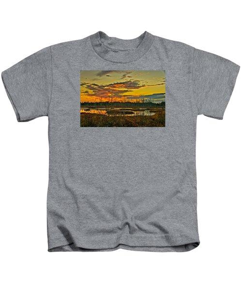 An November Sunset In The Pines Kids T-Shirt