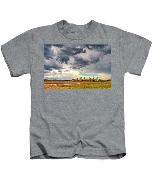 Approaching Spring Thunderstorm 2 Kids T-Shirt