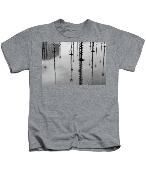 Arbres Lumineux In The Rain Paris  Kids T-Shirt