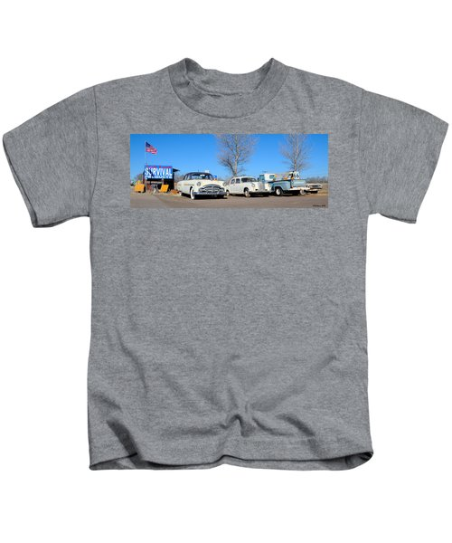 Ash Fork Vintage Cars Along Historic Route 66 Kids T-Shirt
