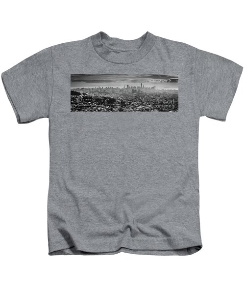 Back And White View Of Downtown San Francisco In A Foggy Day Kids T-Shirt