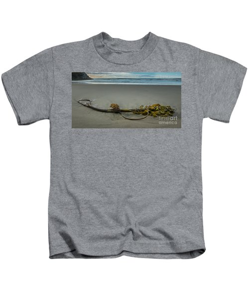 Beach Bull Kelp Laying Solo Kids T-Shirt