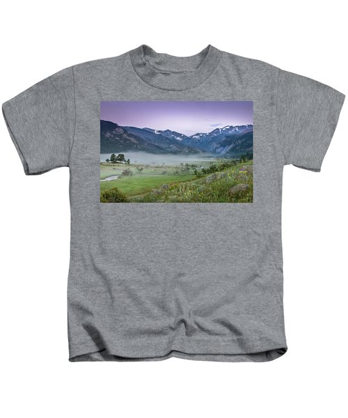Between Night And Day Kids T-Shirt