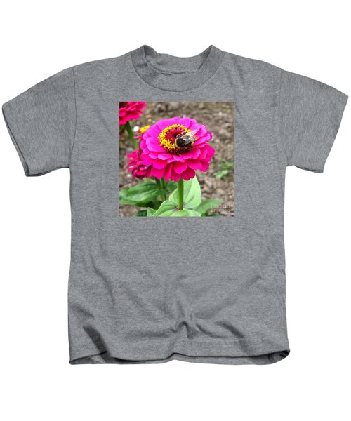 Bumble Bee On Pink Flower Kids T-Shirt