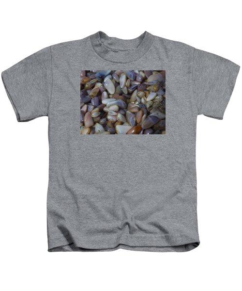 Buttefly Clam Rainbow Kids T-Shirt