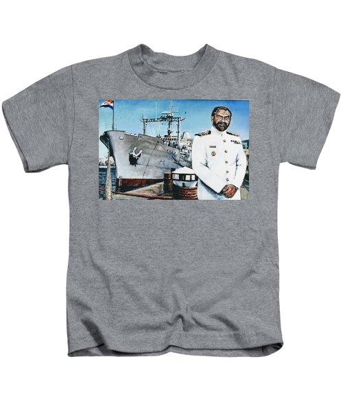 Capt Eric Green Kids T-Shirt