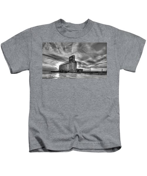 Cargill Sunset In B/w Kids T-Shirt
