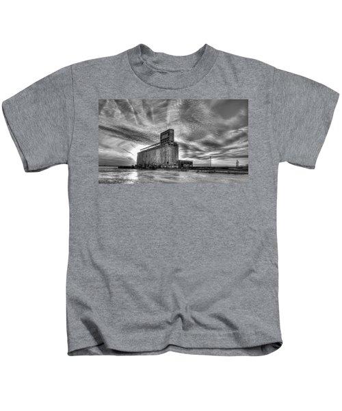 Cargill Sunset In B/w Kids T-Shirt