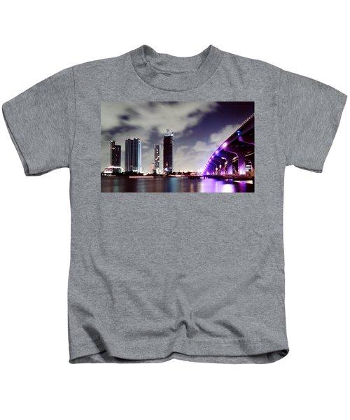 Causeway Bridge Skyline Kids T-Shirt