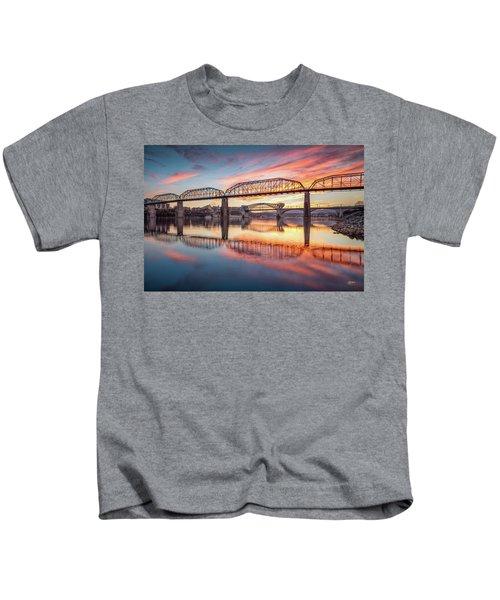 Chattanooga Sunset 5 Kids T-Shirt