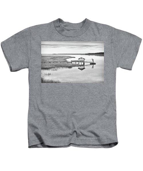 Chechessee Dock Kids T-Shirt