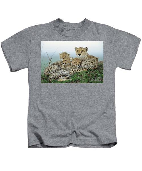 Cheetah And Her Cubs Kids T-Shirt