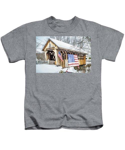 Cilleyville Bog Bridge Covered Bridge New Hampshire Kids T-Shirt