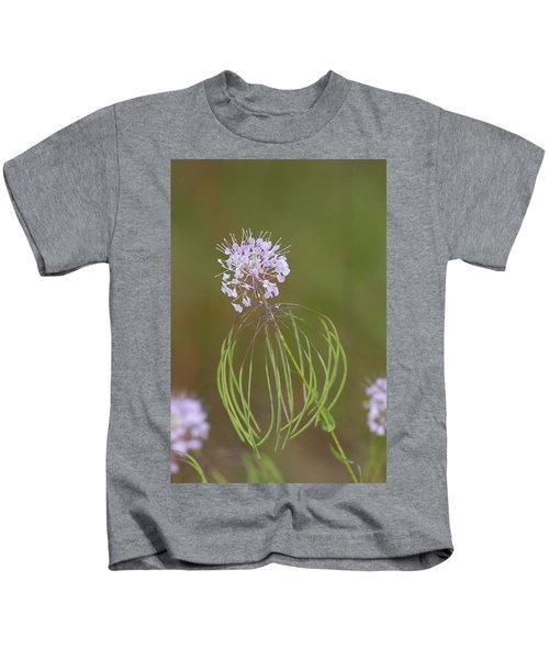 Clasping Warea Kids T-Shirt