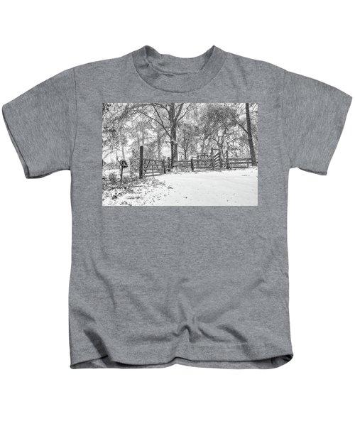 Cow Pen Snow Scene Kids T-Shirt