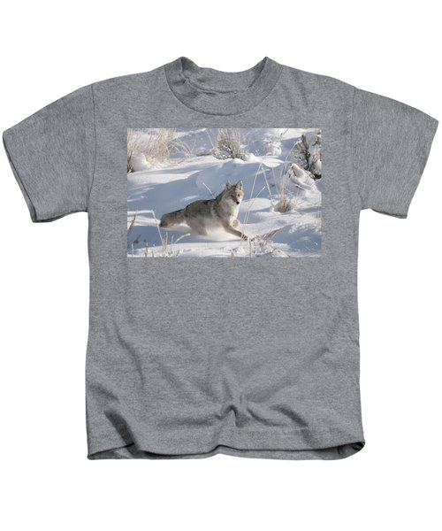 Coyote On The Move Kids T-Shirt