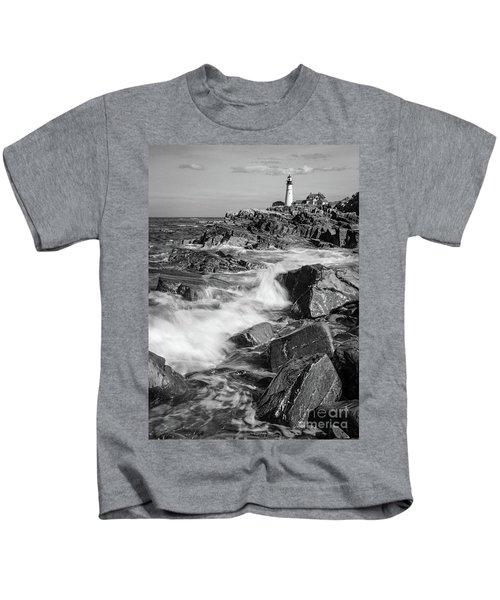 Crashing Waves, Portland Head Light, Cape Elizabeth, Maine  -5605 Kids T-Shirt