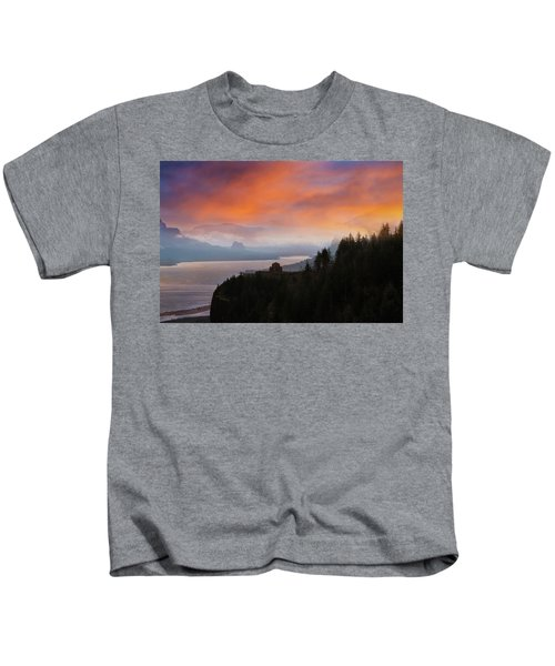 Crown Point At Columbia River Gorge During Sunrise Kids T-Shirt