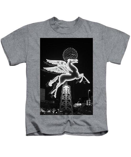 Dallas Pegasus Bw 121517 Kids T-Shirt
