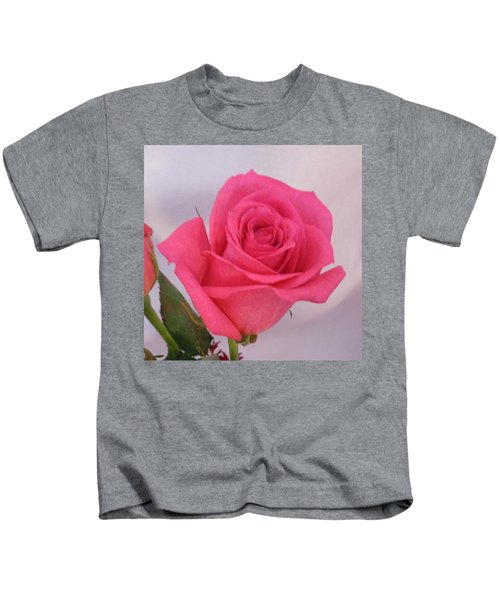 Single Deep Pink Rose Kids T-Shirt