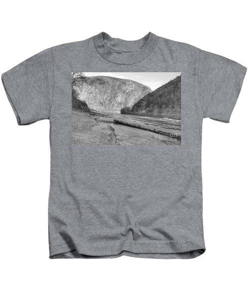 Delaware Water Gap In Winter Kids T-Shirt
