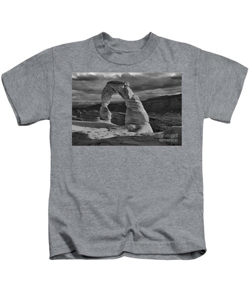 Delicate Arch Black And White Sunset Shadow Kids T-Shirt