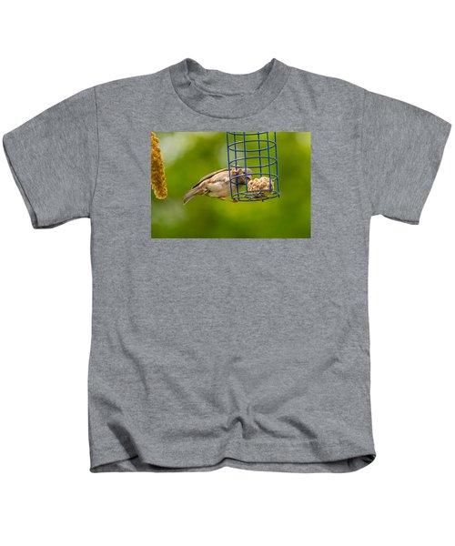 Dunnok Eating Kids T-Shirt