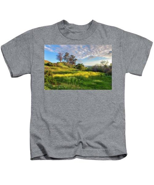Eagle Grove At Lake Casitas In Ventura County, California Kids T-Shirt