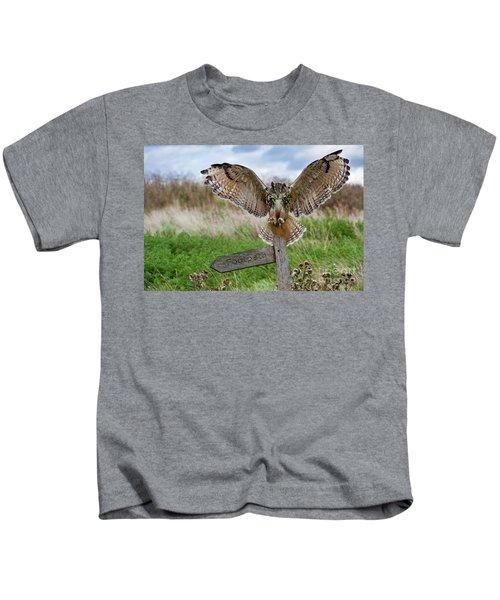 Eagle Owl On Signpost Kids T-Shirt