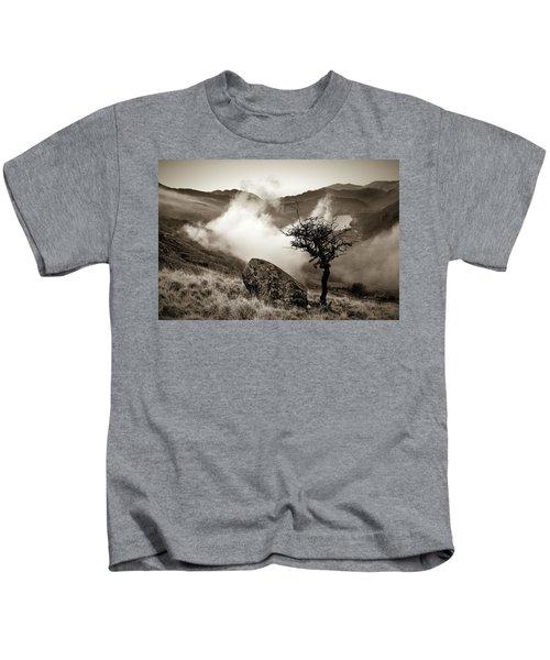 Early Mist, Nant Gwynant Kids T-Shirt