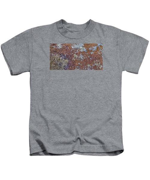 Earth Portrait L6 Kids T-Shirt