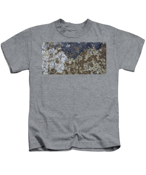 Earth Portrait L8 Kids T-Shirt