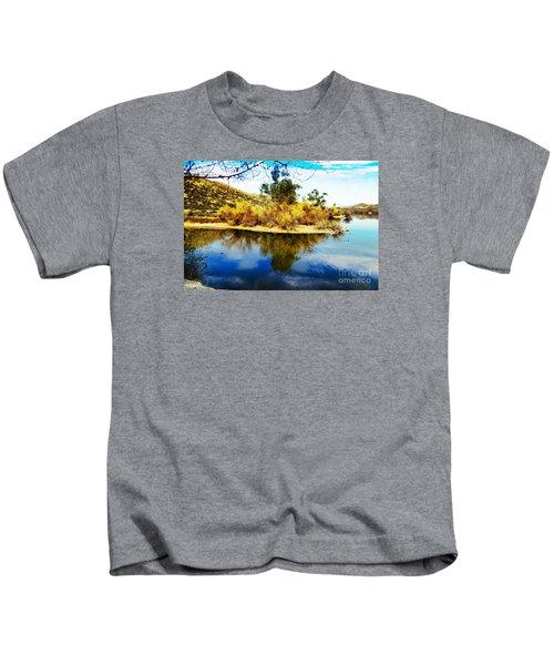 East Bay, Canyon Lake, Ca Kids T-Shirt