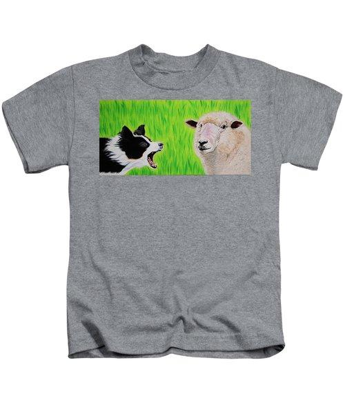 Ewe Talk'in To Me? Kids T-Shirt