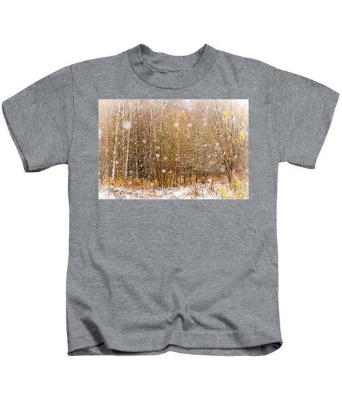 First Snow. Snow Flakes I Kids T-Shirt